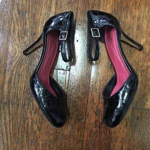Kate Spade Black Croc Embossed Round Toe Pumps